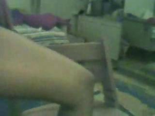 arab lady fisting herself on webcam