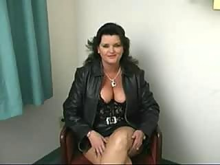 chubby grownup slut dick sucking