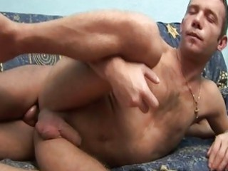gay bottom cumshooter