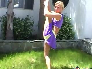 cheerleader madison is so flexible
