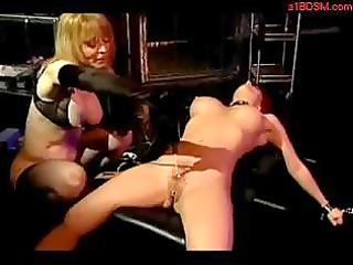 horny redhead acquiring her pussy stimulated with