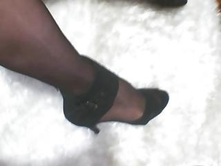 turkish crossdresser buse naz arican legs obsess