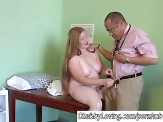 plump amateur redhead worships to cumshots