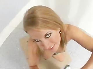 Hot Slut Desire Moore Deepthroats and gets
