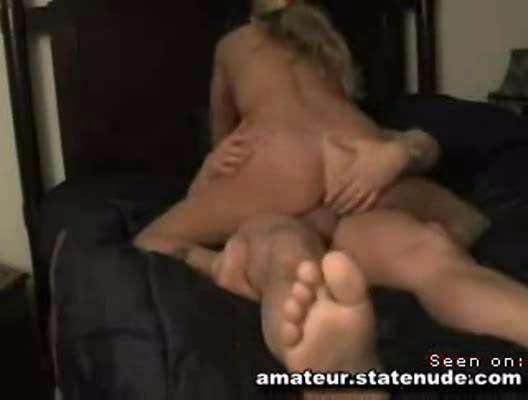 making amateur bitch pregnant