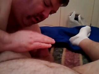 bear daddy sucks penis and eat cumshots