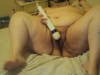 masturbating on cam having pleasure bbw chubby