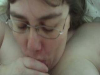 chubby amp women alway swallow!