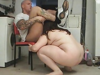 bbw lady having porn into basement