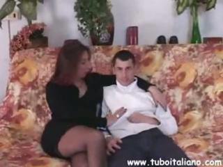 american young diciottenne italiana