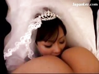 slutty bride tasting fisting kitty inside 69