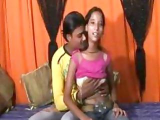an 18 time mumbai cute girl doing fuck with her